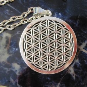 Jewelry - Flower of Life necklace NWT